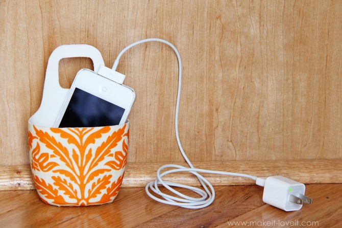 Holder for Charging Cell Phone (made from lotion bottle) | Make It and Love It