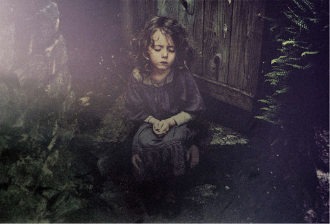 Dark and mysterious portraits of childhood photographed by Aela Labbe | Feature Shoot