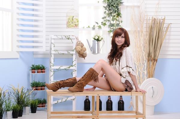 women,legs legs women asians smiling 1680x1117 wallpaper – legs Wallpapers – Free Desktop Wallpapers