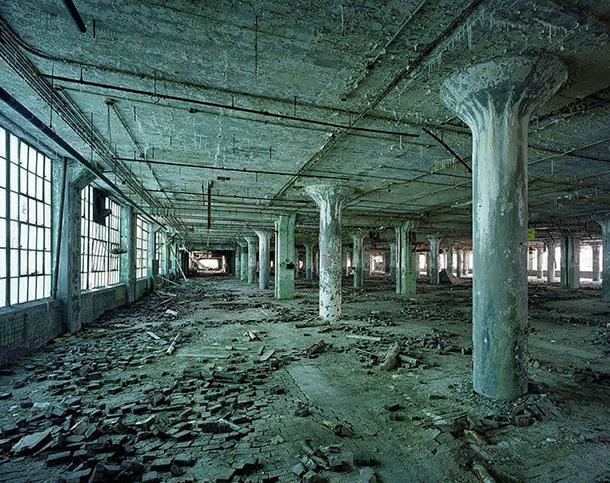 Photographies artistiques de la ville de Détroit en ruine | MaRevueWeb