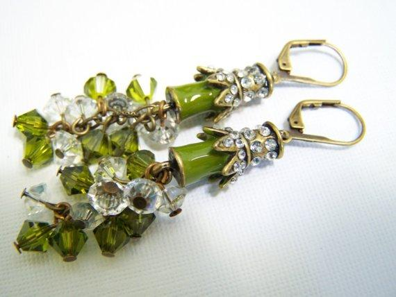 Crystal Earrings Green Earrings Rhinestone Earrings by Fanceethat
