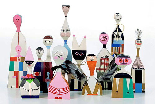 Oliver Tomas | Text Proportion Utility » Blog Archive » Alexander Girard: wooden dolls (1963)