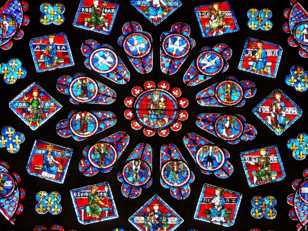 Photo Vitrail vitraux chartres1 Stained-glass Window Chartres et ses vitraux colorés. Voici une partie de la rosace nord avec en so