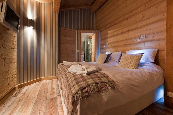 Stunning Contempory Ski Chalet in Chamonix France | FancyCrave
