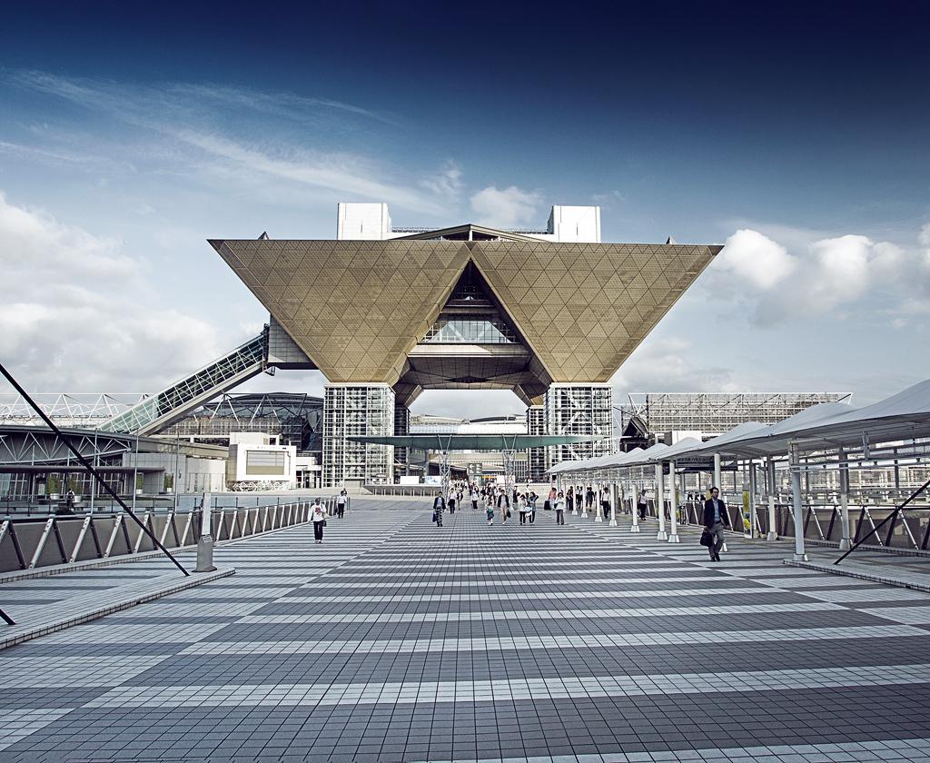 repponen: Tokyo, Japan. Part II или Anton Roppongi.