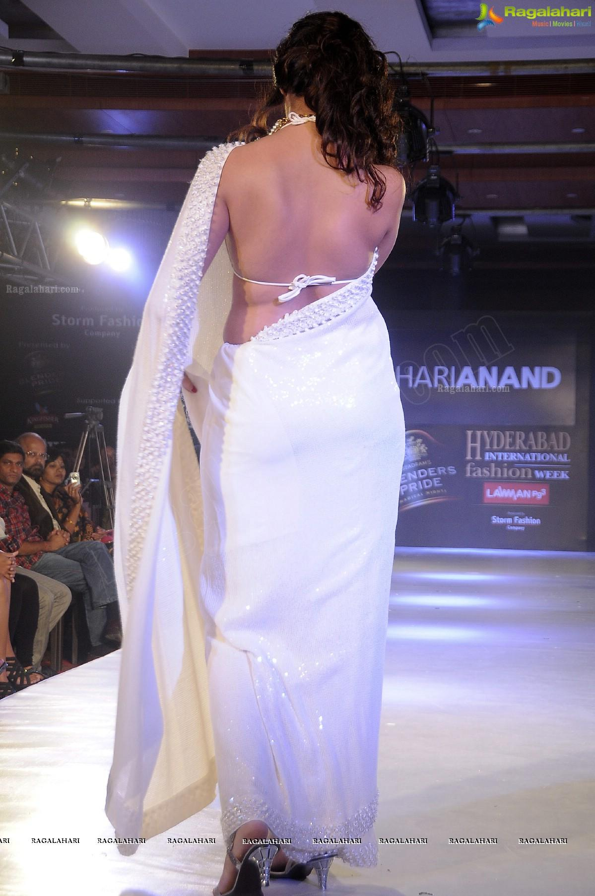 Hamsa Nandini Walks the Ramp in Transparent White Saree at HIFW 2011 (Day 3) - High Resolution Photos - Image 12