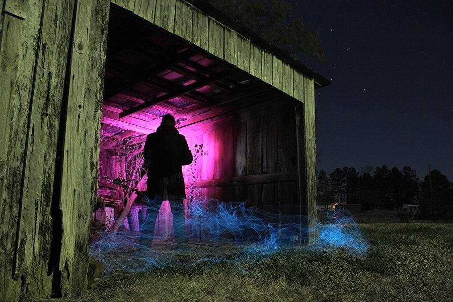 20 Mind Melting Examples of Light Painting | inspirationfeed.com
