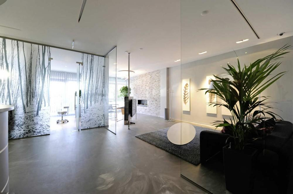 Architecture Photography: Dental INN / Stasek - Dental INN / Stasek (108161) - ArchDaily