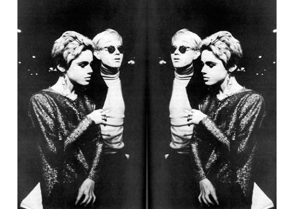 Вечное сияние чистого разума: Глиттер и металлик в новых коллекциях — Look At Me — MAG — поток «Стиль»