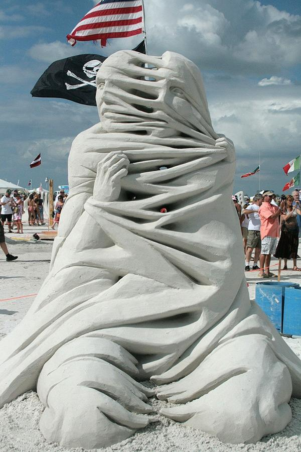 Remarkable Sand Sculptures by Carl Jara (5 Pictures) > Design und so, Sculptures > artworks, cleveland, jara, ohio, sand, sculptures