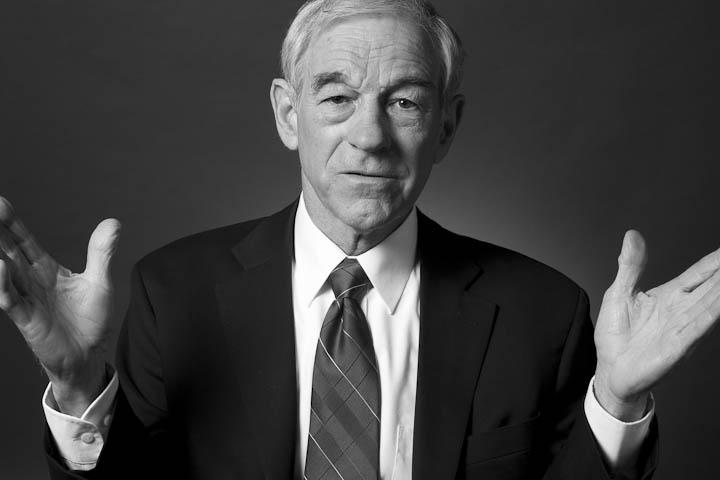 Ron Paul (black and white, hands up).jpg (JPEG Image, 720 × 480 pixels)
