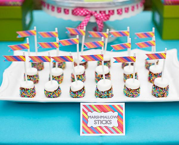 REAL PARTIES: UP-Themed Birthday Party // Hostess with the Mostess®Hostess with the Mostess®