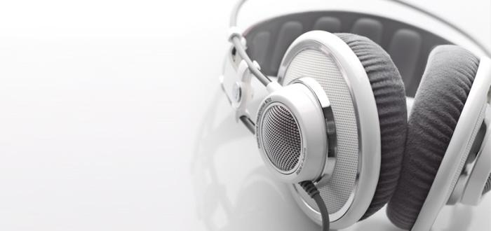 AKG K701 Reference Headphones by Alex Thusbass at Coroflot