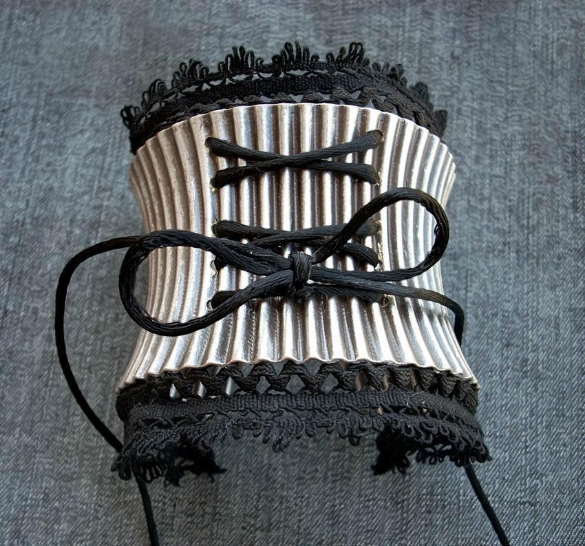 Victorian Corset Cuff -1 by *Aranwen