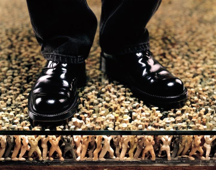Thousands of Plastic Figures Hold Up the Floor » Design You Trust – Design and Beyond!