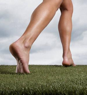 Résultats Google Recherche d'images correspondant à http://www.healthynomics.com/wp-content/demo/uploads/2011/03/barefoot_running.jpg