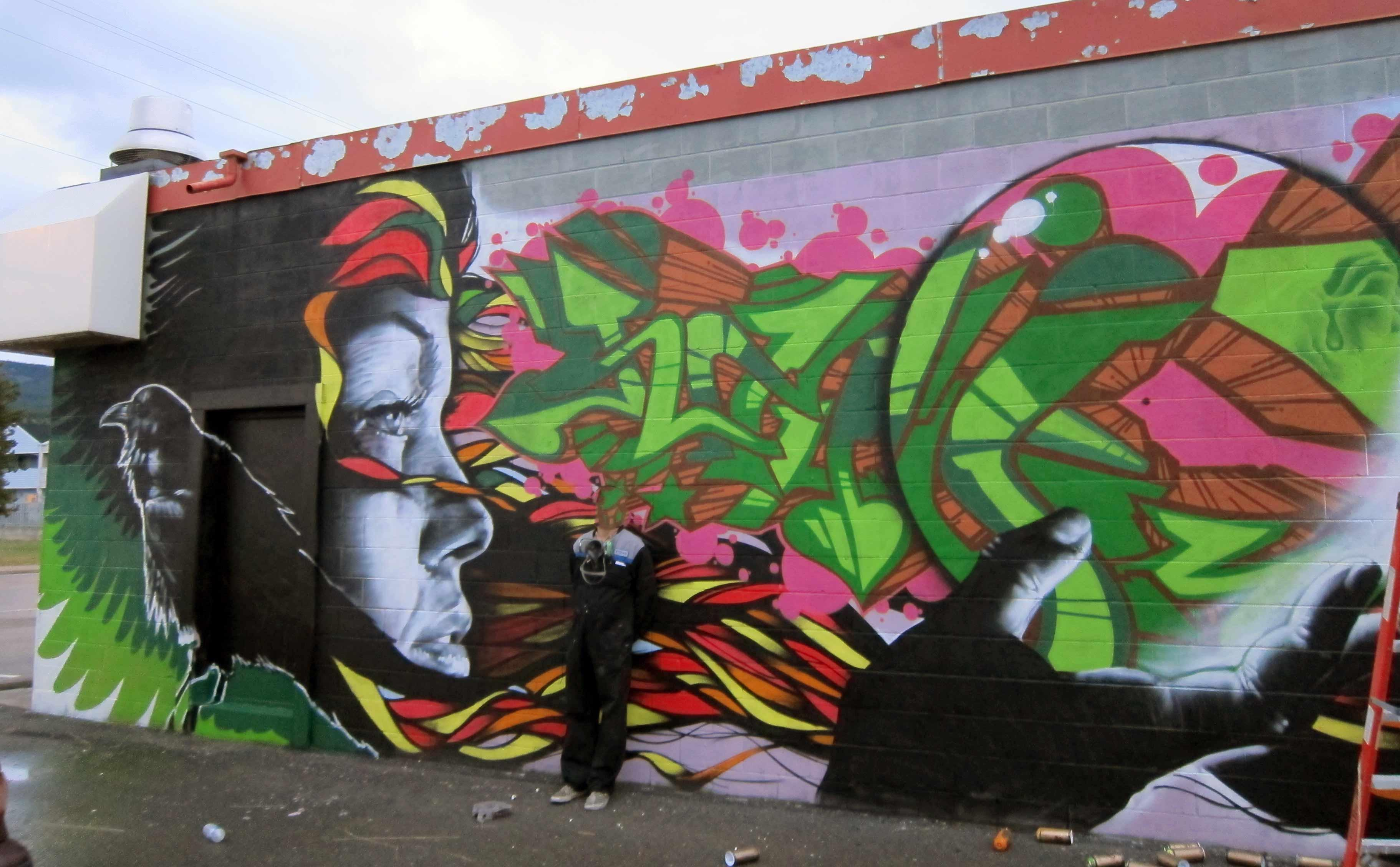Montreal artist Omen and free online graffiti gallery