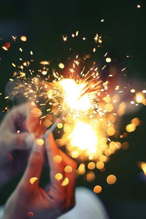 Sparkles | SerialThriller™