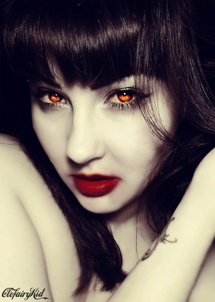 She's a Vamp by =ClefairyKid