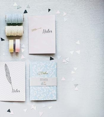DIY Gold And Glitter Dipped Feathers — Loverly Weddings