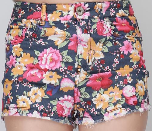 Korean Fashion TRENDer: [Storets] Festive Floral Shorts | We Heart It