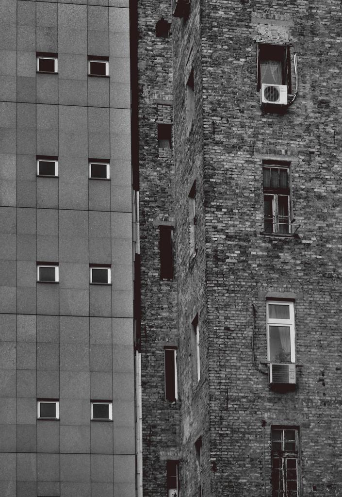 Todos os tamanhos | Brick vs Metal | Flickr – Compartilhamento de fotos!