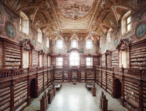 man and building – thomas struth & candida hofer « looking for nice things