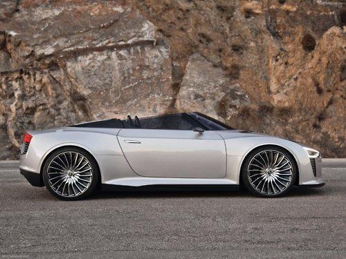 Audi E-tron Spyder Concept - A. Pursuit