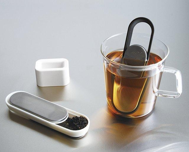 Loop Tea Strainer by Kinto | Fancy Crave