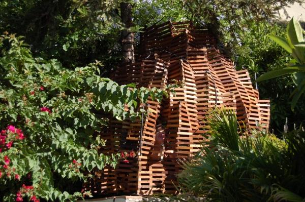 The Knit Fort: A Flexible Playspace | Colossal