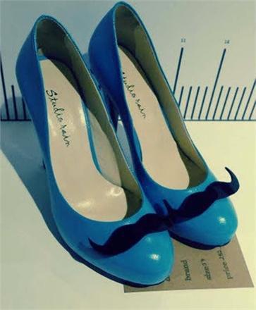 mustache-155094_0x440.jpg (363×440)