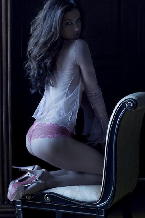 Adriana Lima | Victoria's Secret Angel in VenicePerhaps? - 3 Sensual Fashion Editorials | Art Exhibits - Anne of Carversville Women's News