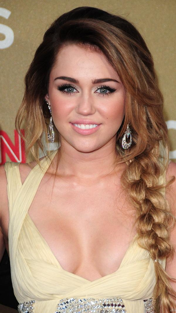 Miley Cyrus htc one wallpaper - HTC wallpapers