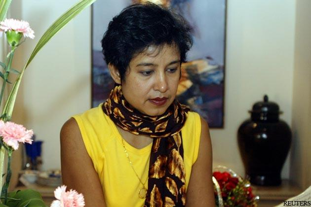 Taslima's book launched despite protests - Books - Books News - ibnlive
