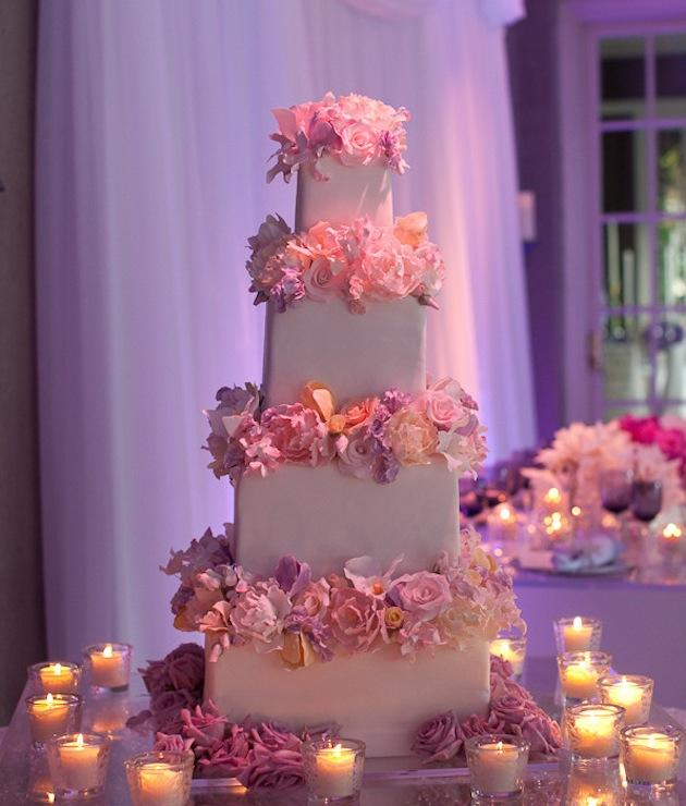 Wedding Cakes: Hip To Be Square | InsideWeddings.com