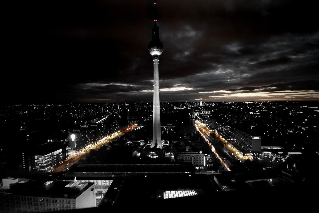 berlin+3.jpg (JPEG-Grafik, 1280×853 Pixel) - Skaliert (72%)