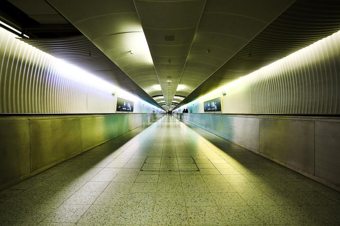 berlin_underground_by_dandude666-d4k8pk8.jpg (JPEG-Grafik, 1095×730 Pixel)