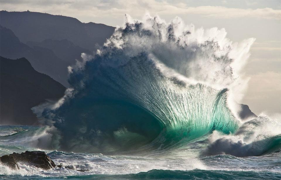 amazing wave splash photo | one big photo