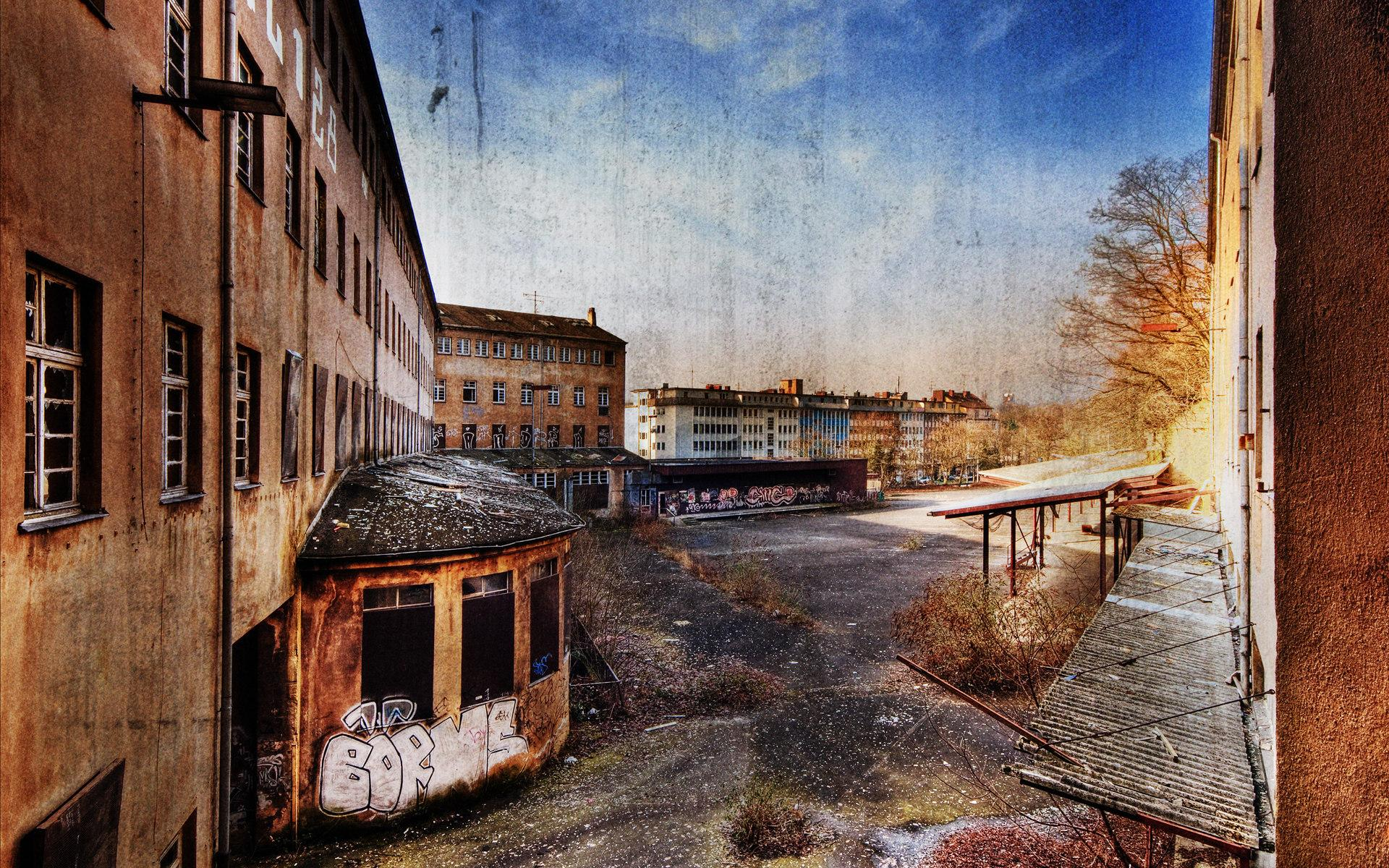 urban-ruins-and-abandoned-buildings_1920x1200_82666.jpg (JPEG-Grafik, 1920×1200 Pixel) - Skaliert (51%)
