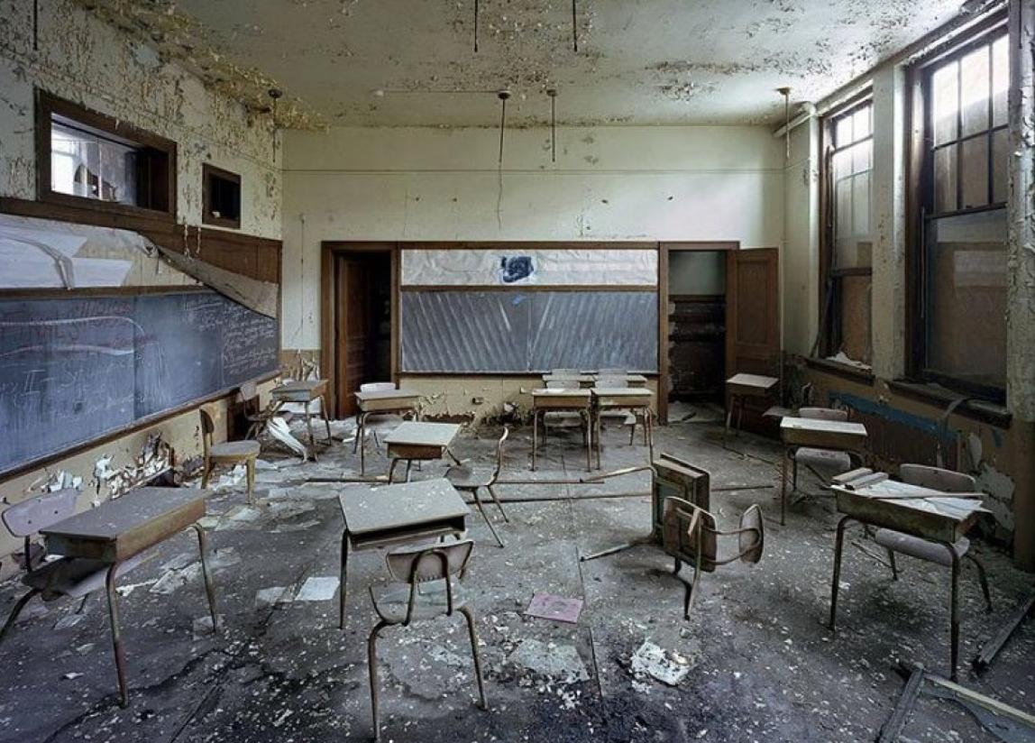 Detroit-in-Ruins.11.37.06-PM.png (PNG-Grafik, 1148×824 Pixel) - Skaliert (75%)