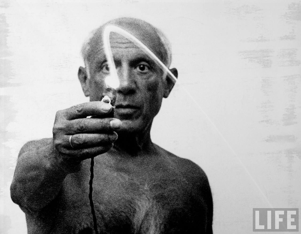 PabloPicasso_Light_Painting_005.jpeg (JPEG-Grafik, 1280 × 994 Pixel) - Skaliert (62%)