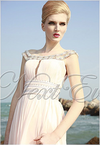 Elegant Pink Chiffon Evening Gown with Beaded Straps