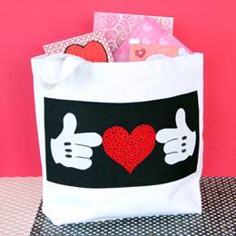 Mickey's Valentine Tote | Crafts | Disney Family.com