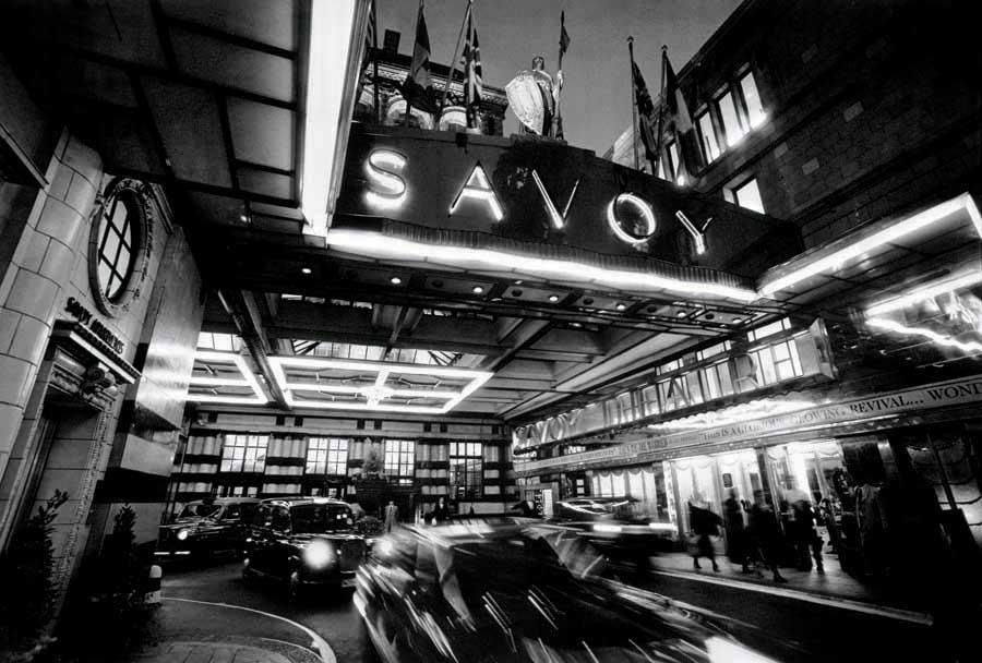 savoy_hotel_150610_5.jpg (JPEG-Grafik, 900×608 Pixel)