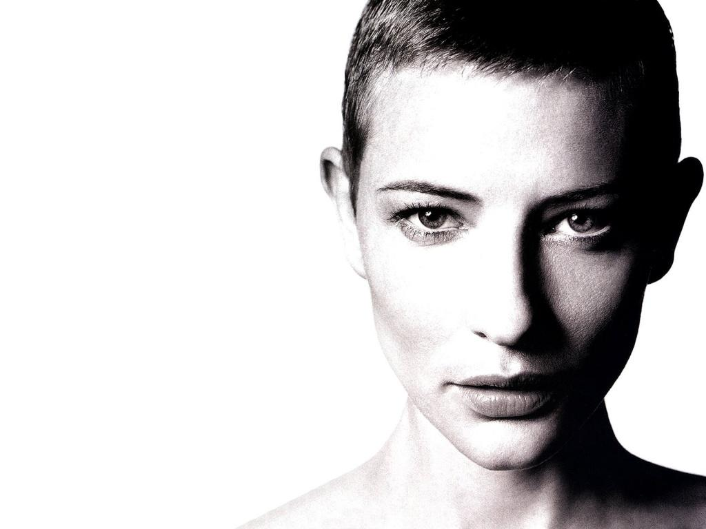 cate_short_hair_black_and_white-1024x768.jpg (JPEG-Grafik, 1024 × 768 Pixel) - Skaliert (80%)