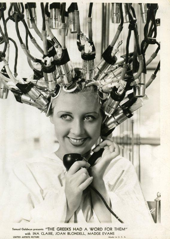 Google Image Result for http://youlook.files.wordpress.com/2011/03/1930s-hair-salon3.jpg