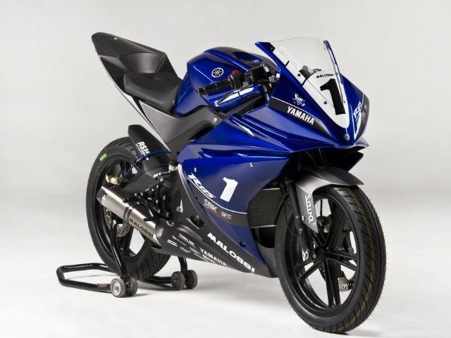 Harga Yamaha R25 Dan Spesifikasi Yamaha 250 CC Desember 2013