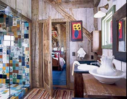 Baños coloridos de bajo presupuesto - DecoraHOY