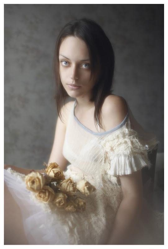 Vivienne Mok Photography: Valeria, Paris