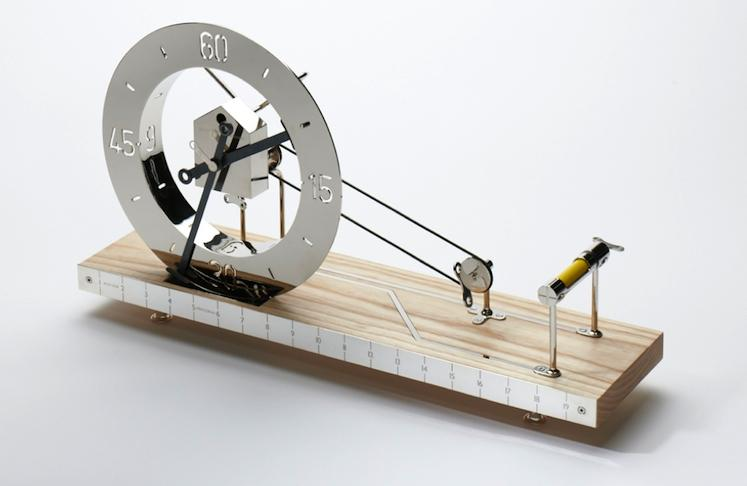 A Stunning Clock That Reveals Its Innerworkings and Lasts a Lifetime | Co.Design